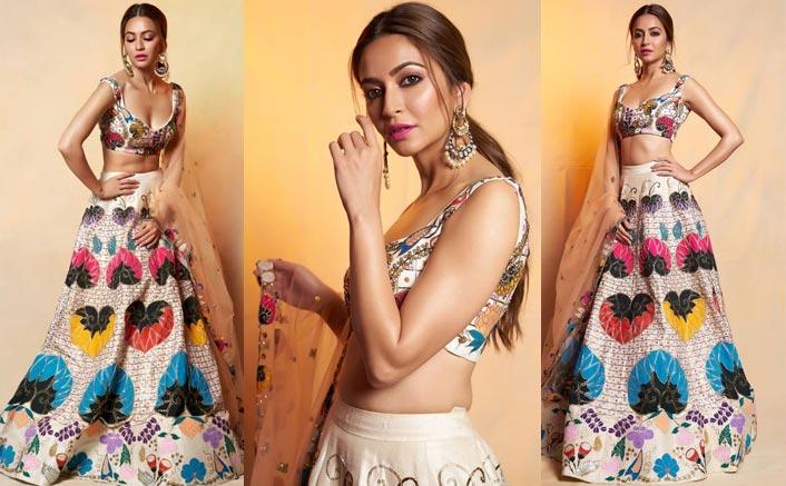 Take Inspiration From Kriti Kharbanda's Blazing Lehenga To Design Your Wedding Dress This Season