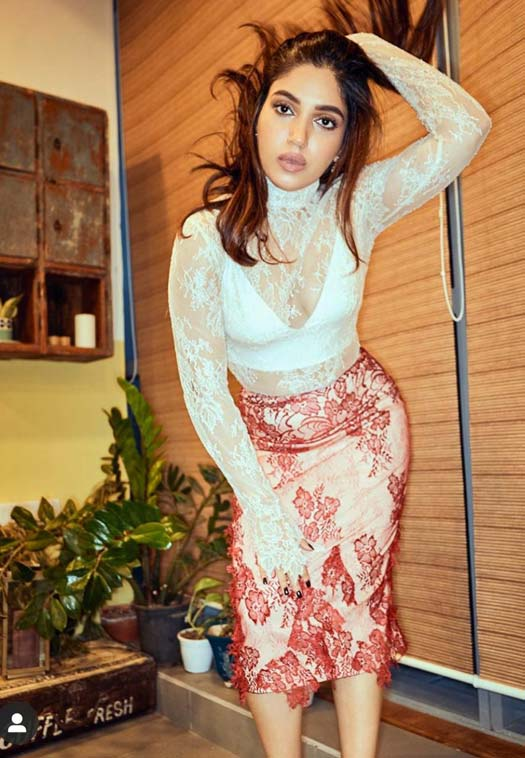 Bhumi Pednekar Raises Temperatures In Super Sexy Glam Avatar For Pati Patni Aur Woh Promotions!