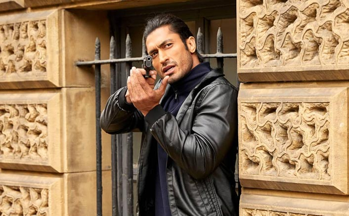 Box Office - Vidyut Jammwal scores a success with Commando 3 in first week