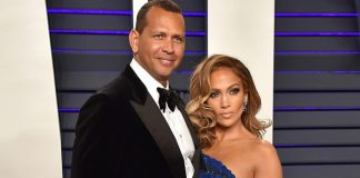 J.Lo paints Big Apple red with A-Rod