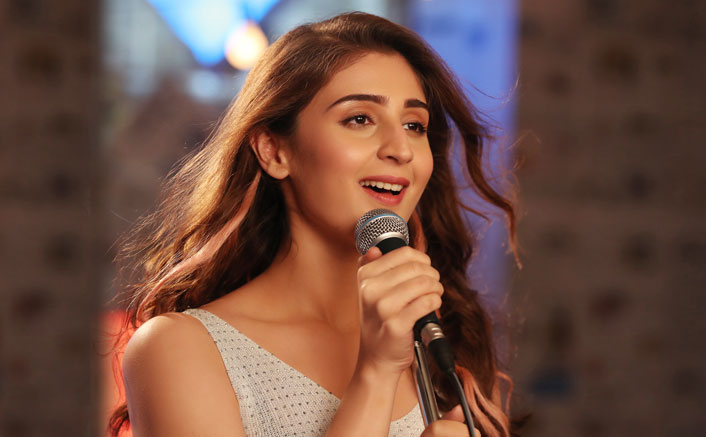 Dhvani Bhanushali spends a day with underprivileged kids