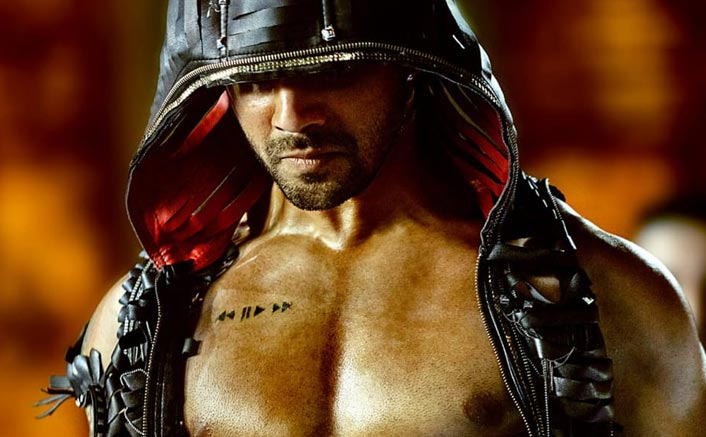Street Dancer 3D: Varun Dhawan's Chiseled Abs In The New Poster Has Got Us Excited For The Trailer