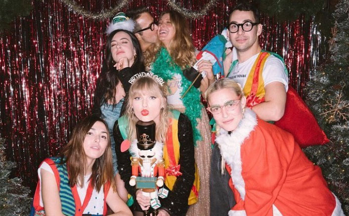 Taylor Swift's holiday-themed birthday party