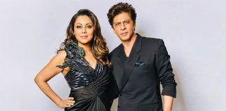WATCH: Shah Rukh Khan & Gauri Khan's Cute Banter As They Win Most Stylish Couple Award Will Leave A Smile On Your Face