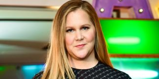 Amy Schumer seeks advice after starting IVF treatment