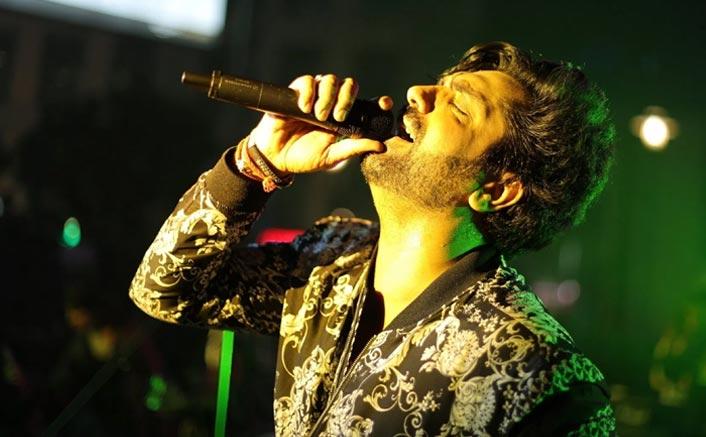 Lisa Mishra, Akhil collaborate on new song 'Rondi Akhiyan'