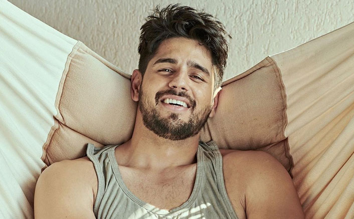 Apart From Acting, Sidharth Malhotra Wants To Play Another Role In Films! Deets Inside