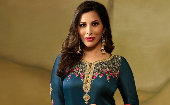 Sophie Choudry: I don't believe in extreme dieting, extreme workouts