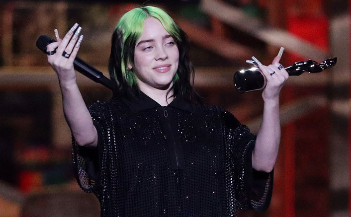 "When Billie Eilish Was S*xualised & Fans Defended Her: ""One Time She Unzips Her Hoodie, The Internet Is On Her Like Fucking Vultures"""