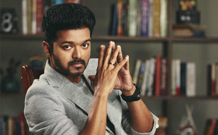 Income Tax Officials Seize 77 Crores From Thalapathy Vijay 's 'Bigil' Financier Anbu Cheziyan's Properties
