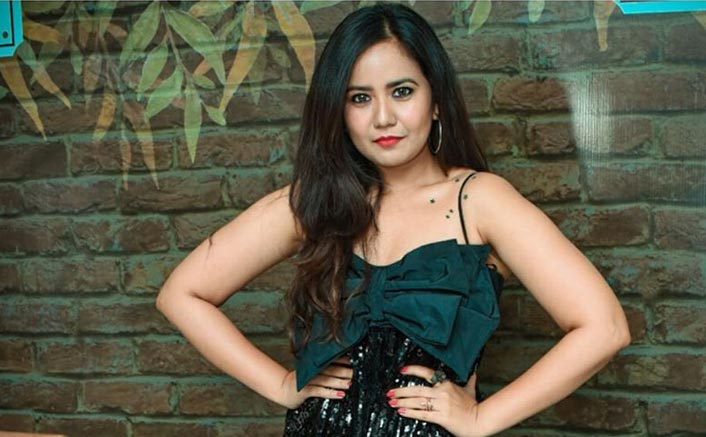 Sapne Suhane Ladakpan Ke's Roopal Tyagi Calls Out TV Industry's Hypocrisy; Says She Was Asked To Do Nose & Cheek Job To Look Better!