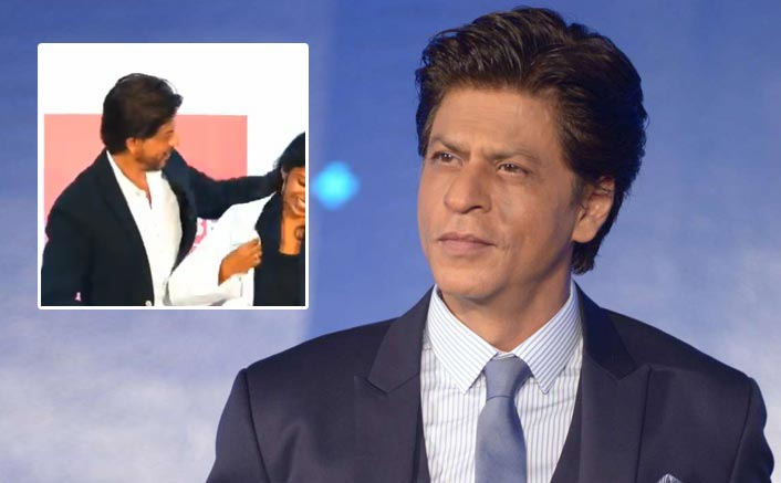 Shah Rukh Khan Proves That Chivalry Isn't Dead As He Helps A PhD Student Get Her Hair Out Of The Coat