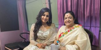 Shreya Ghoshal Shares A Fan Girl Moment With KS Chithra By Penning Down A Heartfelt Note
