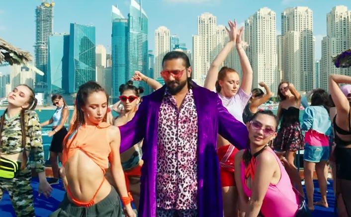 Yo Yo Honey Singh's Loca Crosses 20 Million Views Within 48 Hours!