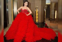 Urvashi Rautela Trolled For Taking 4 Seats At Filmfare Awards Owing To Her Heavy Gown!
