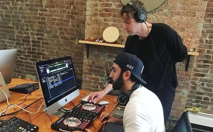 Brahmastra: Ranbir Kapoor's LEAKED Still Showcases His Productive Side & We're In Admiration!