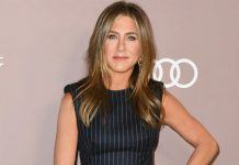 FRIENDS' Jennifer Aniston Swears By THIS Under Rs. 1000 Facial For A Glowing Skin!