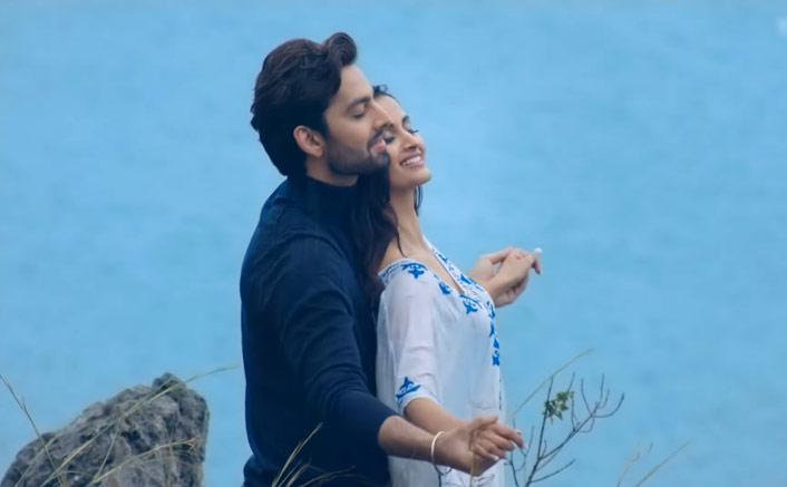 Himansh Kohli in video of Shahid Mallya, Asees Kaur's new love song