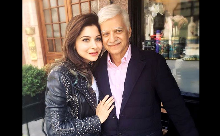 "Kanika Kapoor DENIES Her Father's Statement Of Attending '3-4 Parties', Says ""Doctor THREATENED Me To..."""
