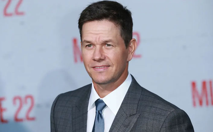 Mark Wahlberg Wakes Up Regularly At 2.30 In The Night, Has Breakfast By 3.15 AM & Goes To Sleep By 7.30 PM