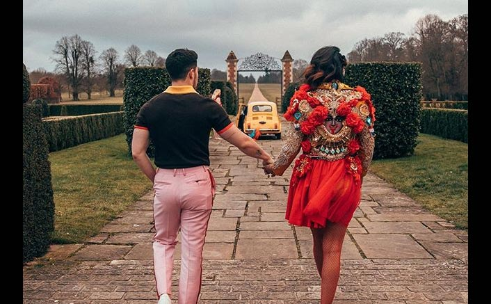 Priyanka Chopra & Nick Jonas Share Unseen Pics As Their First Music Video together 'Sucker' Completes A Year