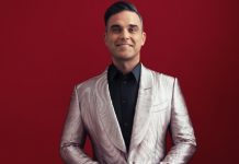 Robbie Williams reunites with family after three-week quarantine