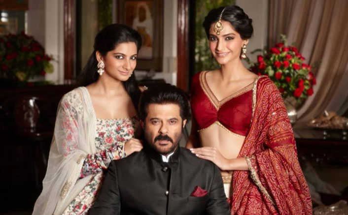 This Picture's A Proof That Sonam Kapoor Is Missing Dad Anil Kapoor & Sister Rhea Kapoor In This Self-Quarantine Period