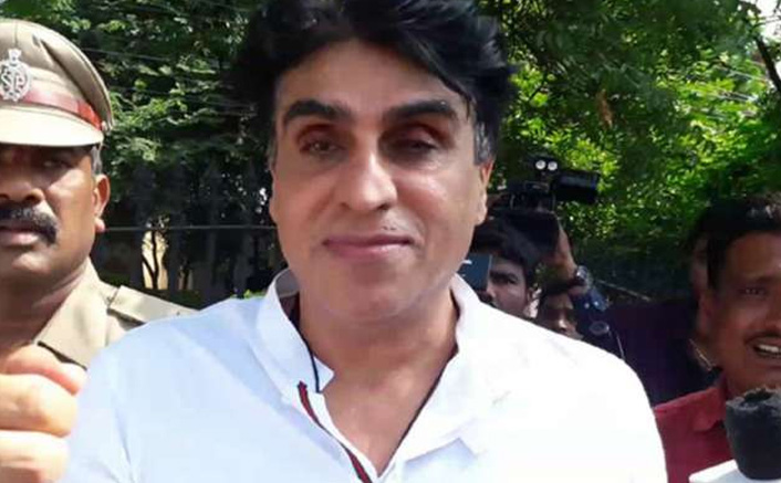 After Daughters, Producer Karim Morani Also Tests Positive For Coronavirus
