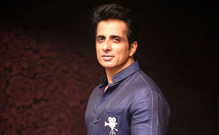 Sonu Sood Helps A Hyderabad Techie Who Lost Her Job Amid COVID-19 & Was Forced To Sell Vegetables
