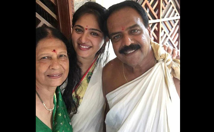 Anushka Shetty Posts A Heartfelt Birthday Note For Her Dad, Shares An Adorable Picture With Parents
