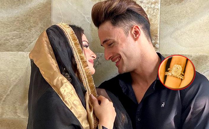 Are Asim Riaz & Himanshi Khurana Engaged? Actress' HUGE Diamond Hints So!