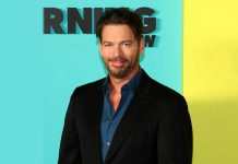 Harry Connick Jr Sings National Anthem & Fans Compare It With A Christmas Carol - WATCH VIDEO!