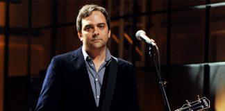 Singer Adam Schlesinger dies of COVID-19