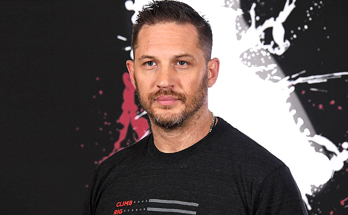 Tom Hardy Leaves The Home To Buy Groceries During The Ongoing Health Crisis