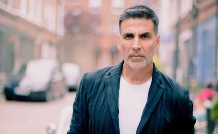 Akshay Kumar Warns Legal Action Against False Reports Of Booking Charter Flights For Sister!