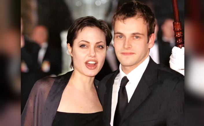 """Angelina Jolie's EMBARASSING Moment On Hackers Set With Ex-Hubby Jonny Lee Miller: """"I Was There With My Top Off..."""""""