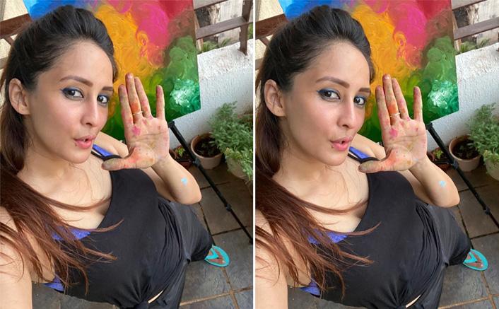 Chahatt Khanna Is Channeling Her Inner Painter Amid Lockdown