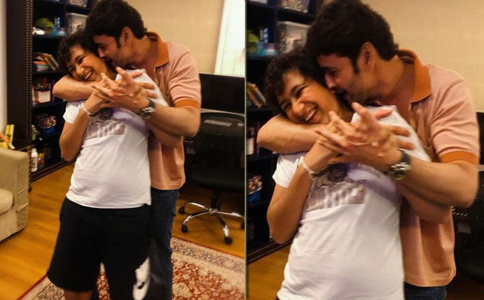 Doting Dad Mahesh Babu Engages In A Cute Banter With Son Gautham Over 'Height Check' Amid Lockdown, WATCH