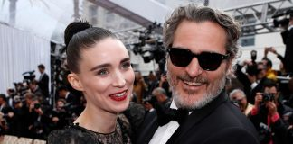 Joaquin Phoenix & Fiancé Rooney Mara ExpectingFirst Baby Together; Actress Is Already Six Months Pregnant?