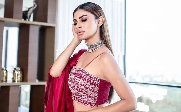 Mouni Roy Shares Some Useful Tips To Keep 'Worries Away' Amid Lockdown
