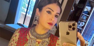 Raveena Tandon shoots for PM Cares show maintaining social distancing