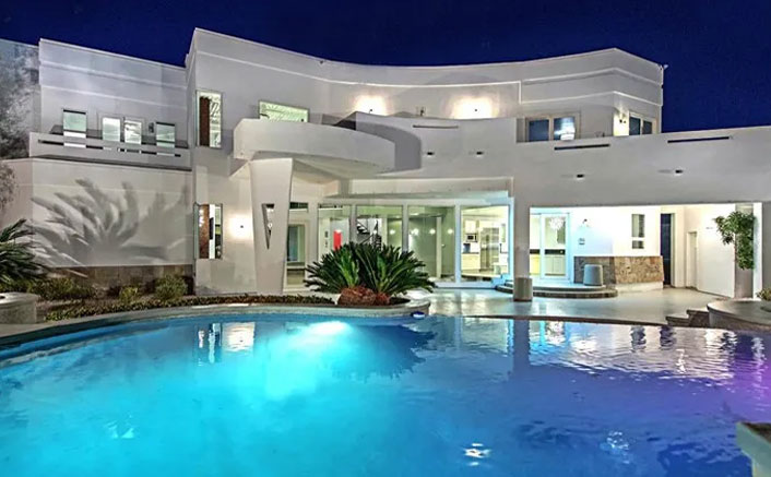 Remember Mike Tyson's Villa From The Hangover Movie? Take A Sneek Peek Into It