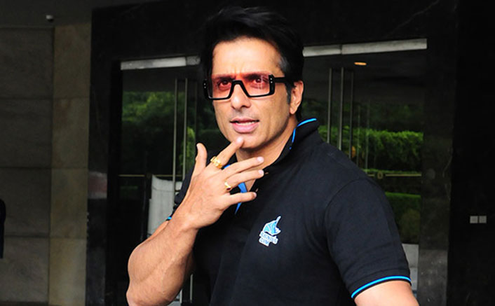 Sonu Sood TROLLS A Twitter User Asking For His Help To Reach A Liquor Store