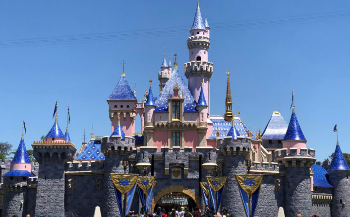 Disney to reopen California theme parks next month