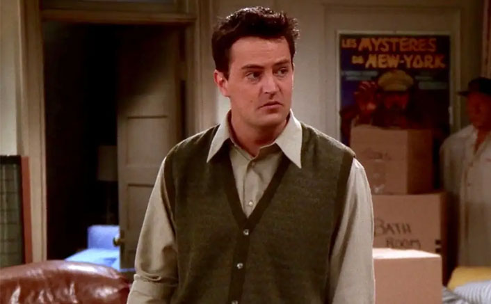 FRIENDS: When Matthew Perry Asked To DELETE Chandler's Strip Club Scene(Pic credit: Still from episode)