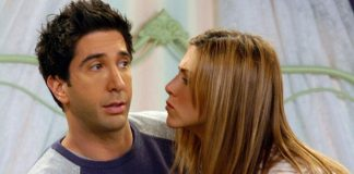 Jennifer Aniston Have Feelings For Co-Actor David Schwimmer AKA Ross Geller From FRIENDS? Here's The Truth