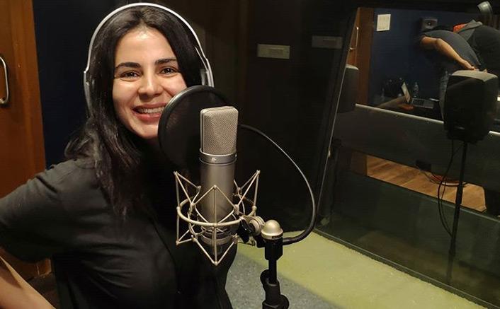 Kirti Kulhari starts dubbing for next