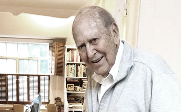 Ocean's Eleven & Toy Story 4 Actor Carl Reiner Dies At 98