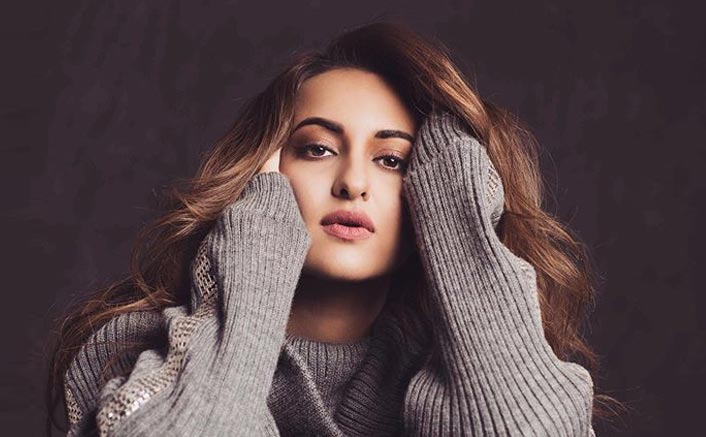Sonakshi Sinha Supports A Poet Getting R*pe Threats, Says 'Ab Bas' To Cyberbullying