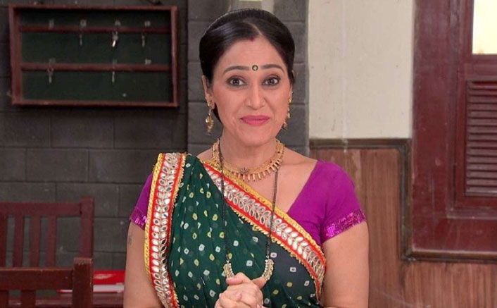 When Taarak Mehta Ka Ooltah Chashmah's Disha Vakani Acted As Her Own Assistant & Talked To Fans